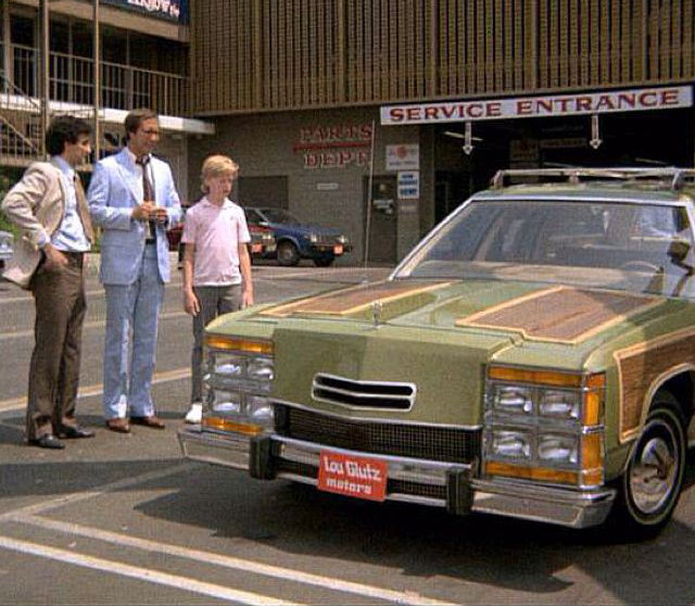 National Lampoons Vacation Metallic Pea Coloured Stationwagon